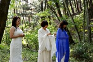 八ヶ岳でのレムリアの「青い石の儀式」の始まり。レムリアの神殿の地上への解放。