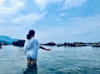 大石直子さんの日本海でのワーク風景。