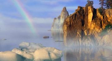 バイカル湖シャーマン岩